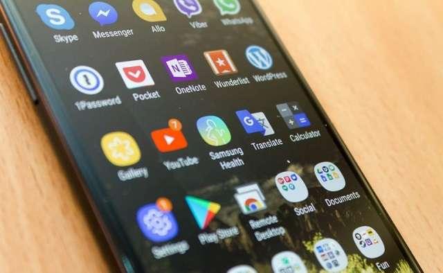 Samsung Galaxy a8 (2018) дисплей