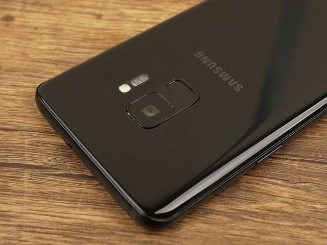 Samsung Galaxy S9 датчик отпечатка пальца