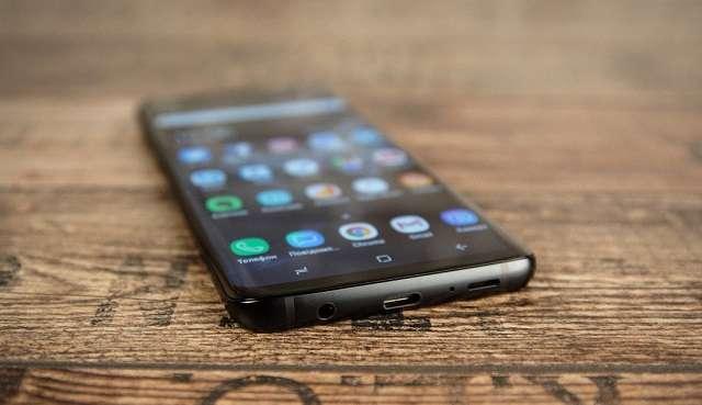Samsung Galaxy S9 Plus динамик