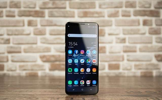 Samsung Galaxy S9 Plus фронтальная панель