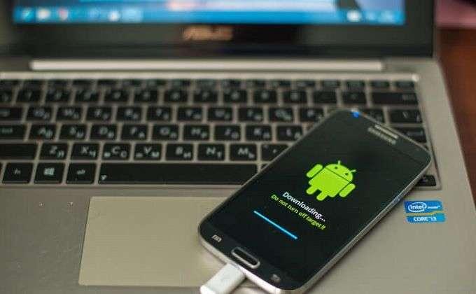 Как перепрошить Андроид, если телефон не включается