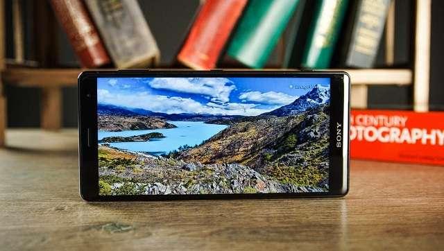 Sony Xperia XZ2 экран