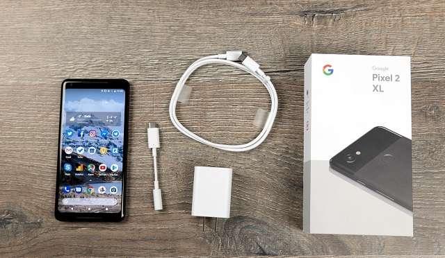 Google Pixel 2 XL комплект