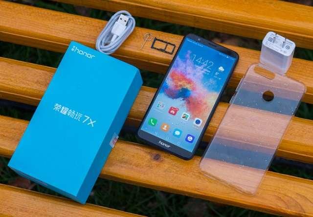 Huawei Honor 7X комплектация