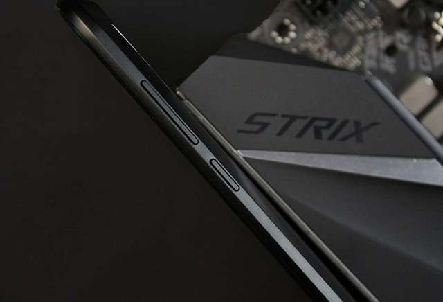 Xiaomi Black Shark правый торец