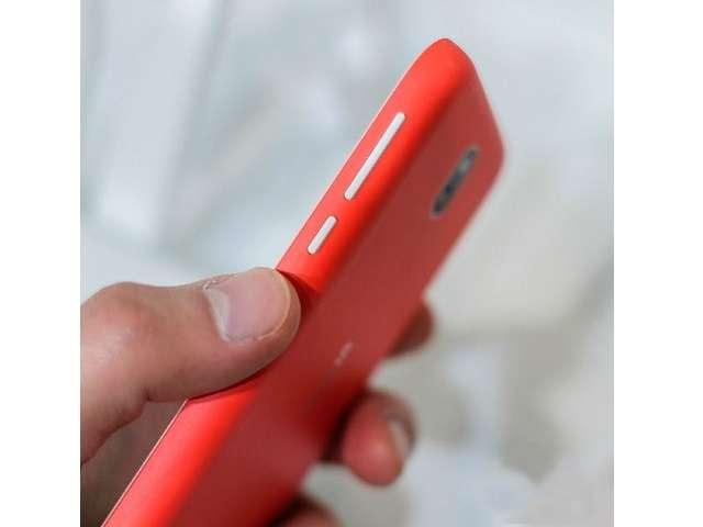 Nokia 1 правая грань