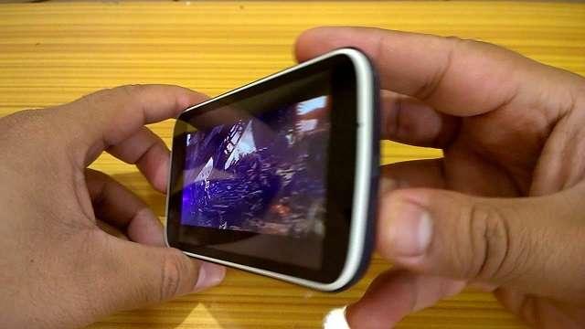 Nokia 1 дисплей