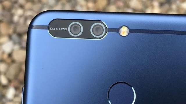 Huawei Honor 7X камера