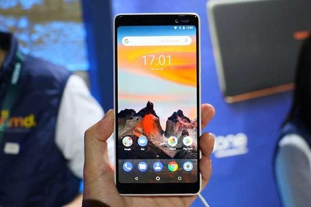 Nokia X6 (2018) экран