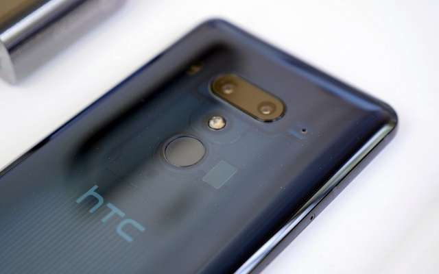 HTC U12 Plus сканер