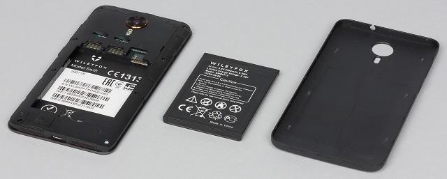 съемная батарея телефона