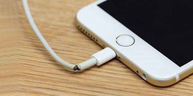 поврежденный кабель