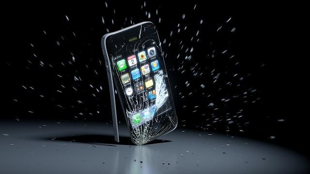 телефон упал