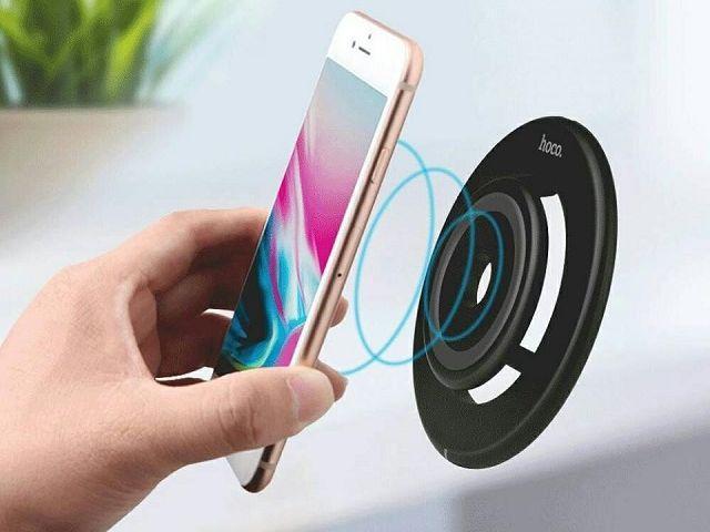 беспроводная зарядка смартфона