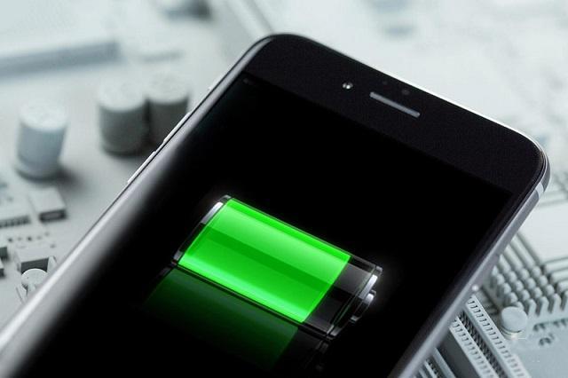 заряд батареи iphone