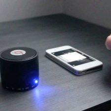 bluetooth колонка и смартфон