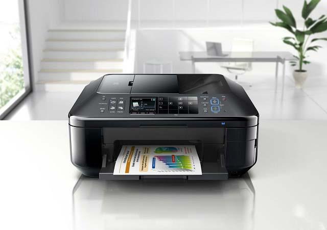 принтер печатает