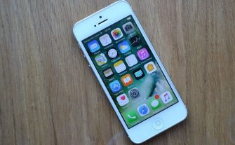 Как включить и настроить iPhone 5 сразу после покупки?