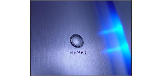 кнопка reset
